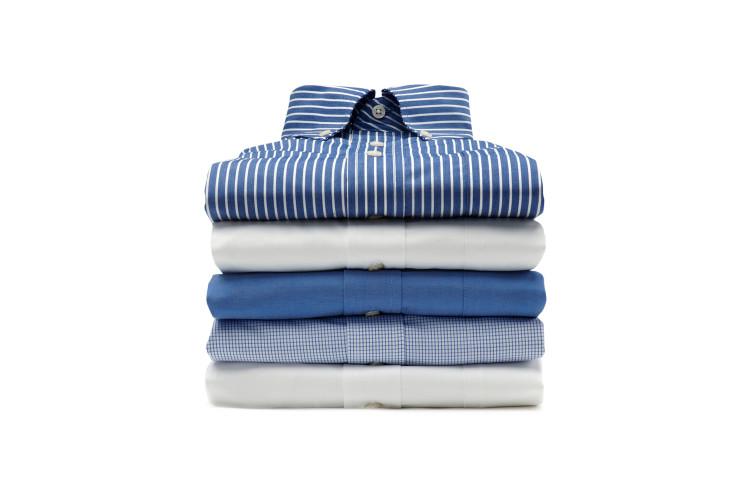 Skjorteabonnement er din mulighet til å slippe skjortevasken. Få skjortene dine nyvasket og ferdig strøket.