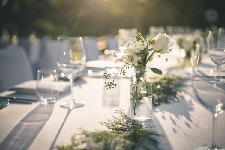 Duk utleie for bryllup, konfirmasjon, dåp eller andre selskap
